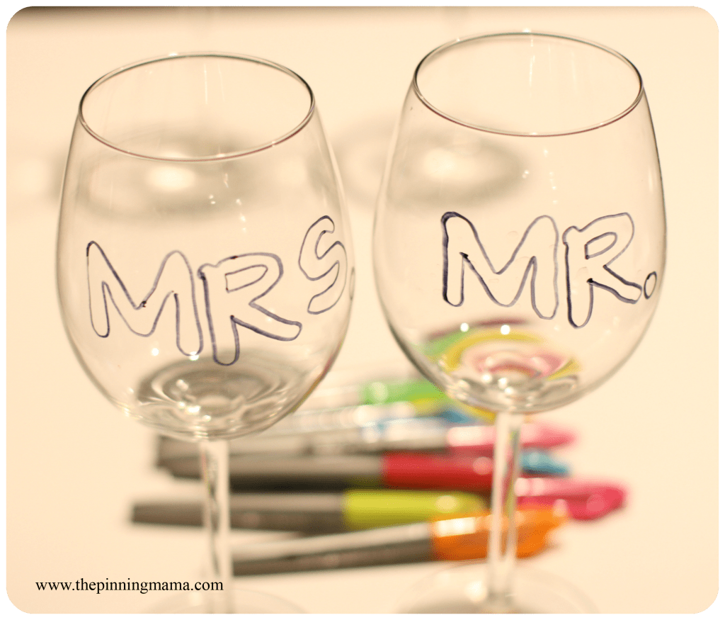 Personalized Wine Glasses www.thepinningmama.com