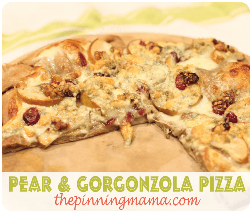 pear and gorgonzola pizza www.thepinningmama.com