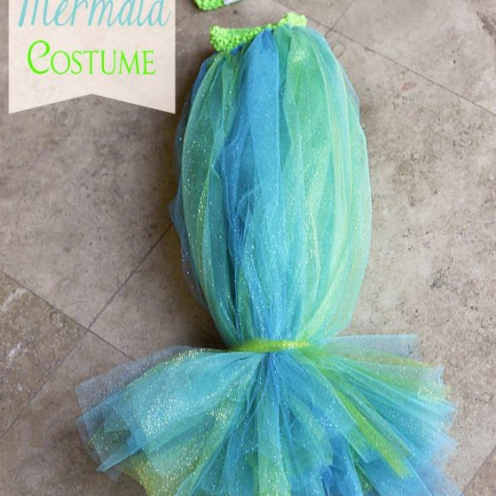 Infant Mermaid Halloween Costume by www.thepinningmama.com