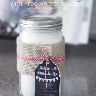 {Gift} Pancake Mix in a Jar with Free Printable Label