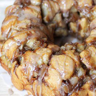 Apple Pie Monkey Bread Recipe – Yes it is as GOOD as it sounds!