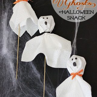 {Apple Ghost Skewers} Healthy Halloween Treats