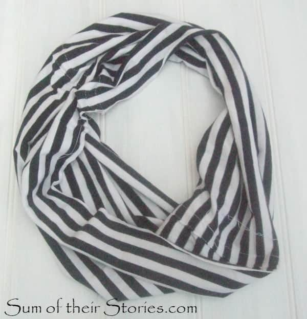 plain stripe scarf