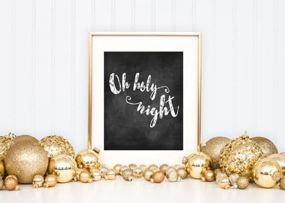 I love this print for a Christmas mantle! Best part... it's free!!