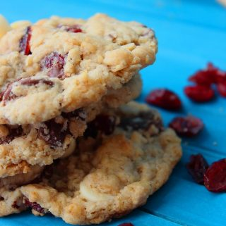 Cranberry and White Chocolate Oatmeal Cookies