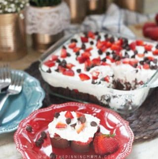 No Bake Strawberries & Cream Chocolate Cake