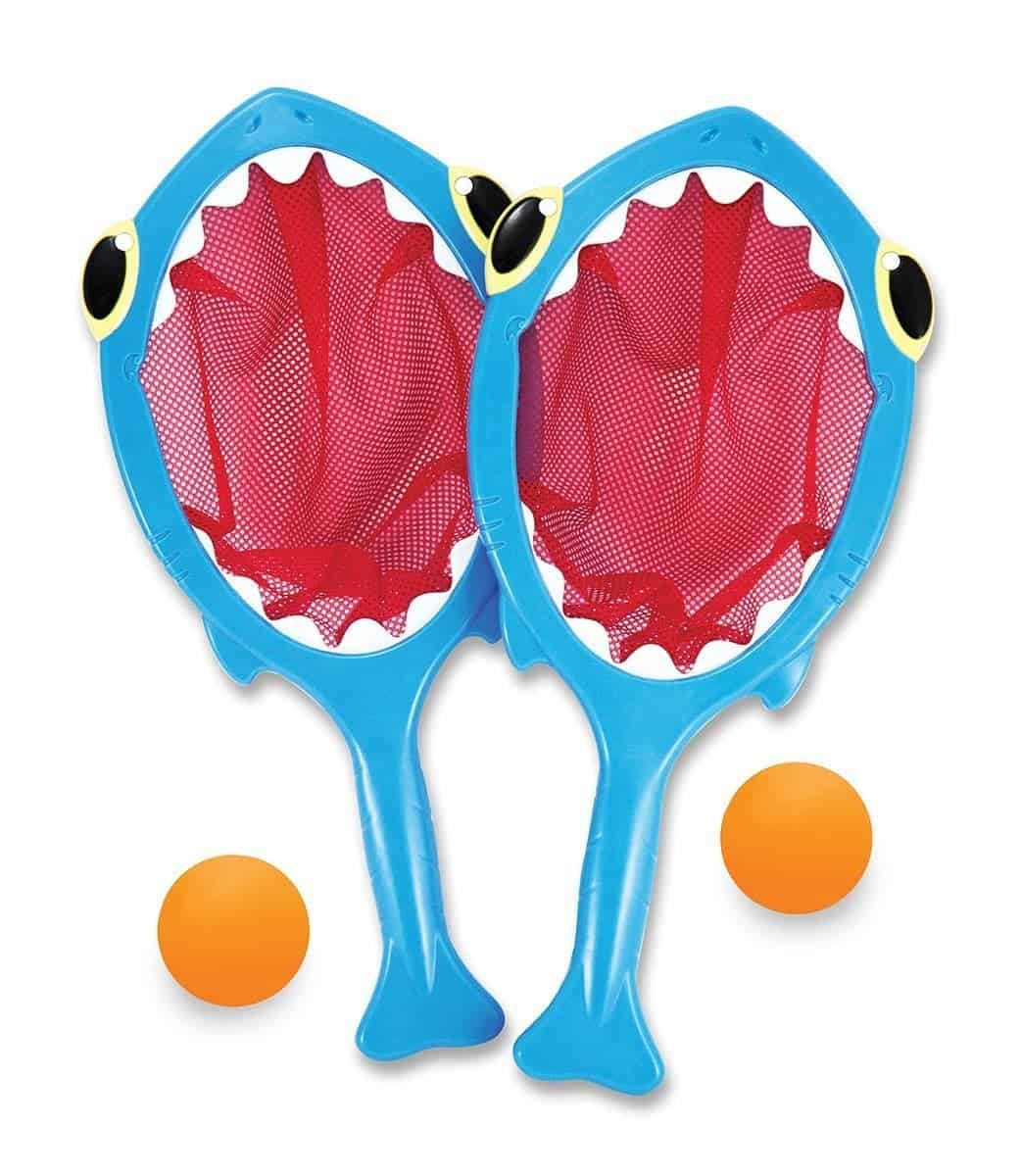 10+ Best Games and Toys for a Fun Day at the Beach: Shark Toss & Catch | www.thepinningmama.com