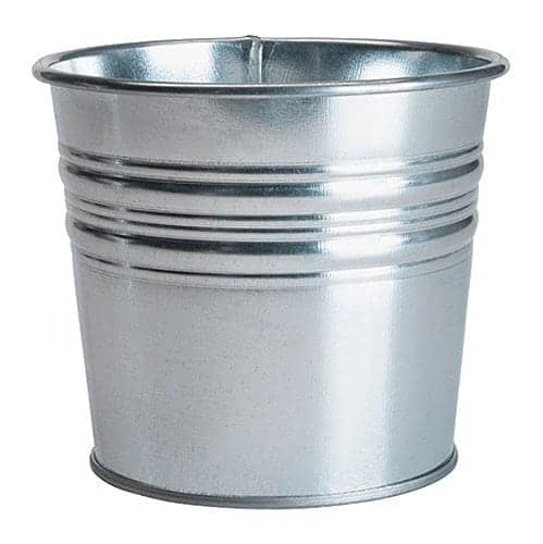 Awesome Crafting Blanks You Can Get on Amazon Prime : Galvanized Pot | www.thepinningmama.com