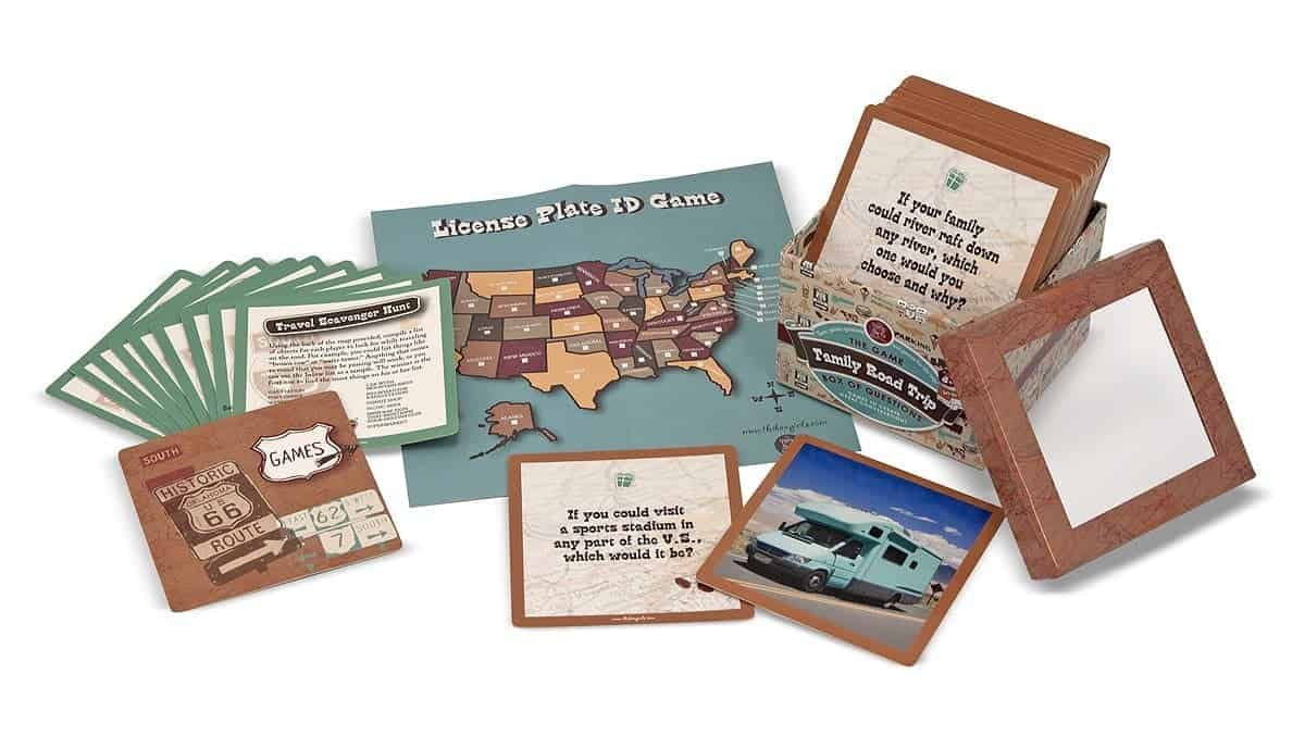 10+ Awesome Ways to Entertain your Kids on a Roadtrip: Family Road Trip Box | www.thepinningmama.com