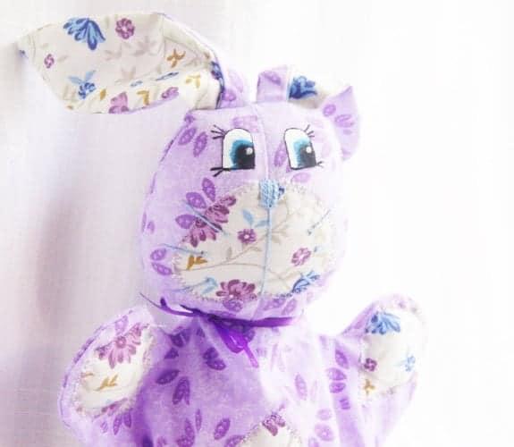 10+ Beautiful Handmade Baby Gifts: Rabbit Hand Puppet| www.thepinningmama.com