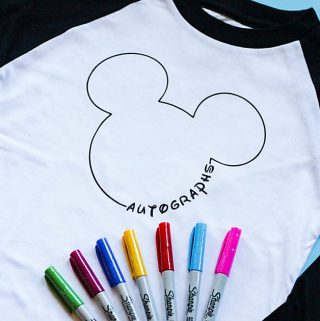 Best way to make memories at Disney World! This DIY Mickey Mouse Autograph shirt is such a fun idea for kids to keep their memories from the trip!