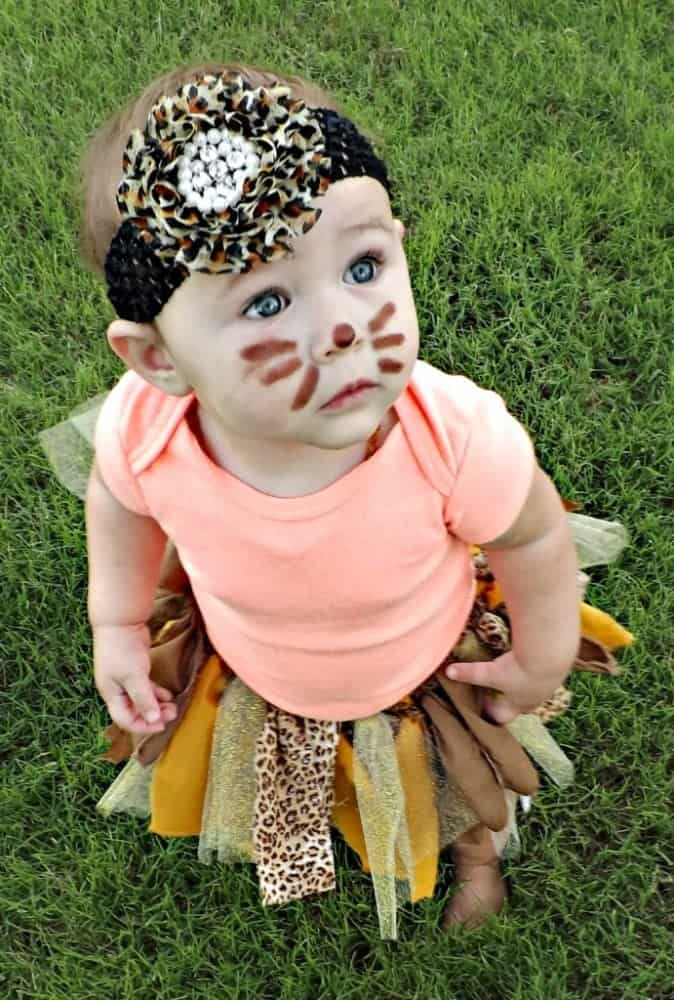 10+ Adorable Tutu Halloween Costumes: Lion | www.thepinningmama.com