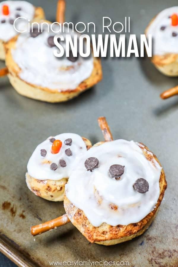 Cinnamon Roll Snowman - Easy Christmas Breakfast idea!